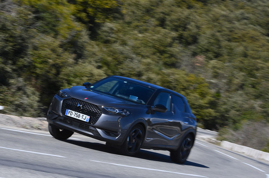 DS 3 Crossback 2019 first drive review - cornering front