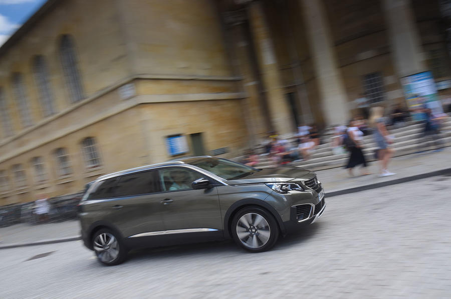 Peugeot 5008 2018 long-term review on the road