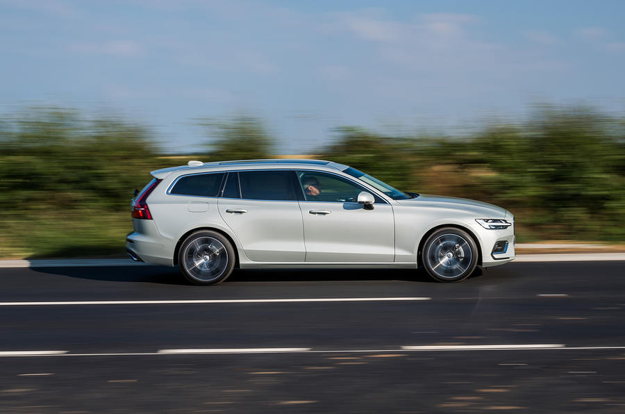 Volvo V60 D4 Inscription 2018 UK first drive review on the road right