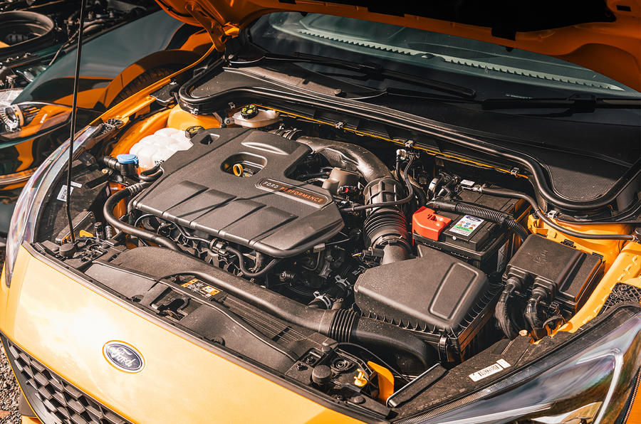 Ford Focus - engine
