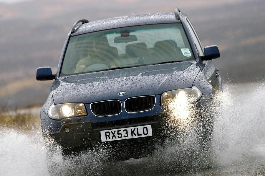 BMW X3 - hero front