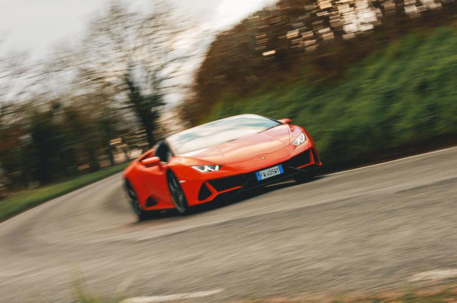 Lamborghini Huracán Spyder 2020 UK first drive review - cornering