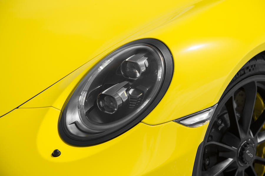 Porsche 911 GT3 headlight