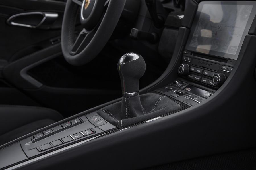 Porsche 911 GT3 manual gearbox