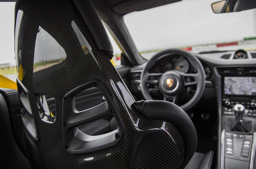 Porsche 911 GT3 seating