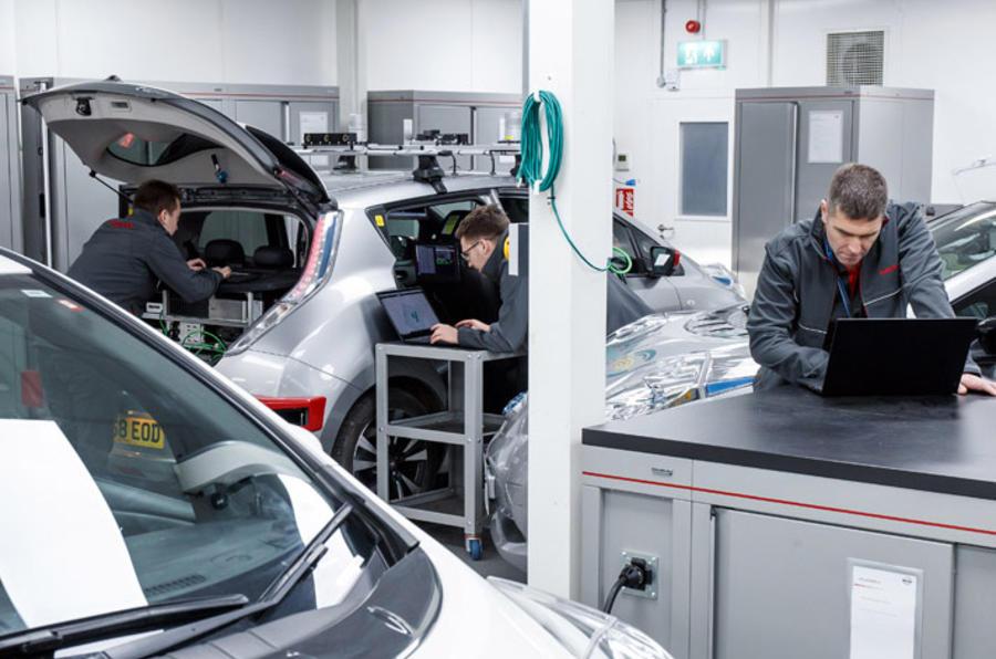 Grand Drive Nissan Leaf - tuning