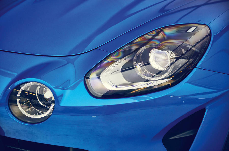 Alpine A110 2018 UK headlights
