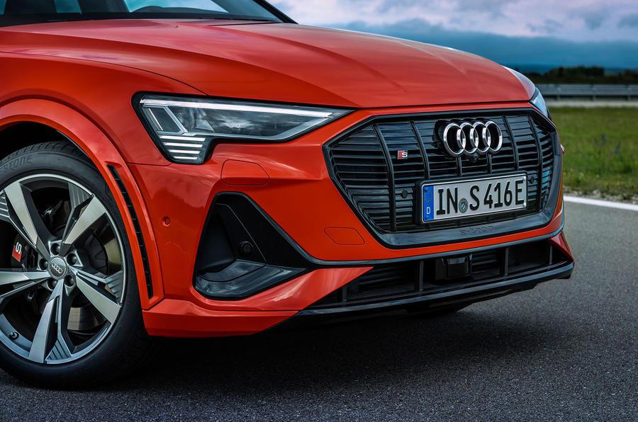 2020 - [Audi] E-Tron Sportback - Page 4 3-audi-e-tron-sportback-s-2020-fd-front-end