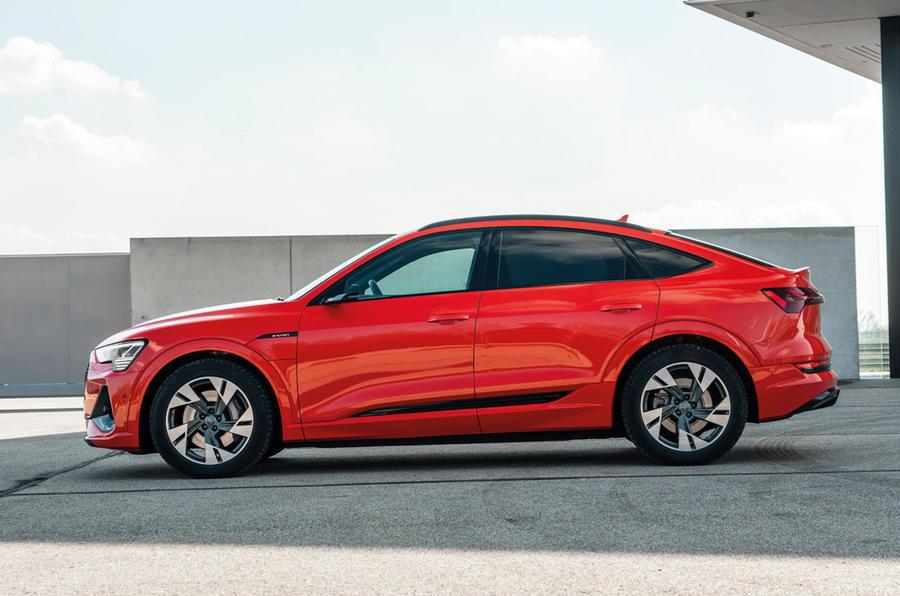 Audi E-tron Sportback - static side