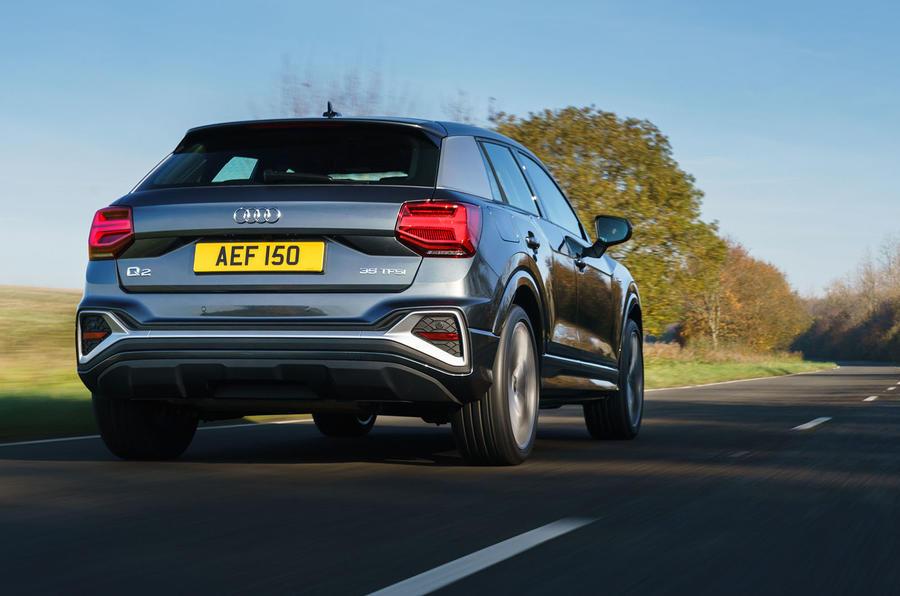 Audi Q2 35 TFSI Sport 2020 : premier bilan de conduite au Royaume-Uni - le héros à l'arrière