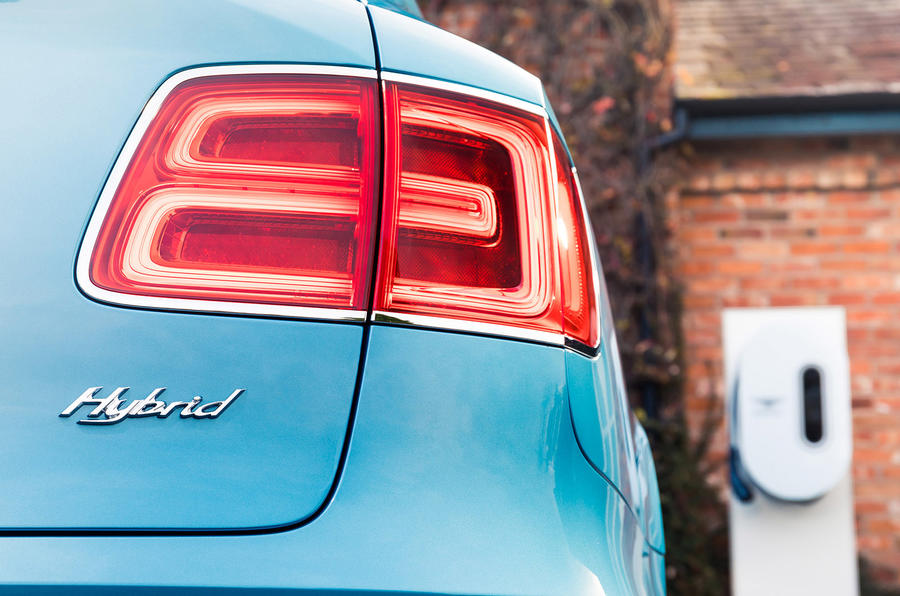 Bentley Bentayga Hybrid 2020 UK first drive review - rear lights