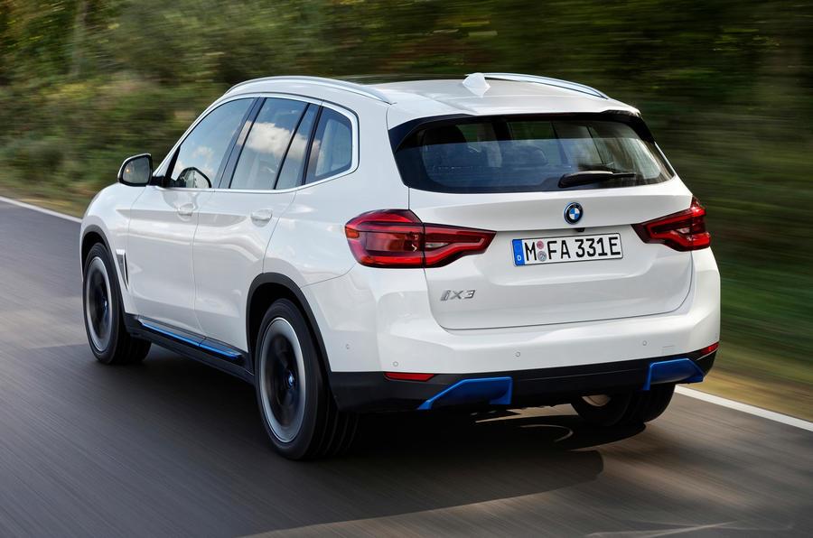 BMW iX3 2020 : premier bilan de conduite - le héros à l'arrière