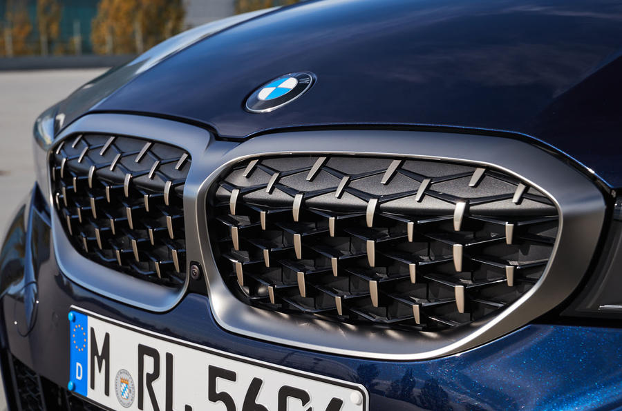 BMW M340i xDrive 2019 first drive review - kidney grille