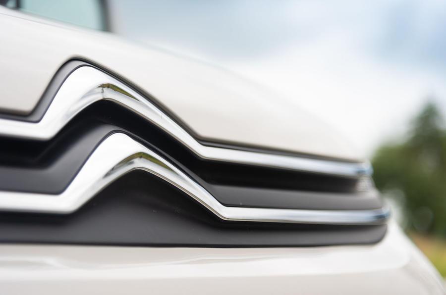 Citroen Berlingo 2018 first drive review bonnet badge