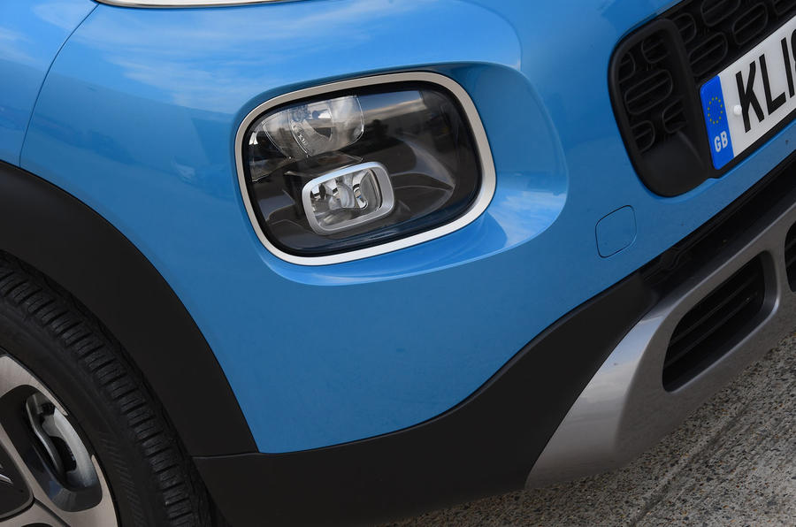 Citroen C3 Aircross Flair Puretech 130 long-term review - foglights