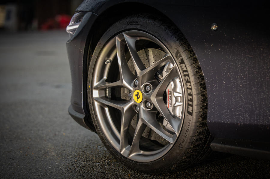 Ferrari Roma 2021 UK first drive review - alloy wheels