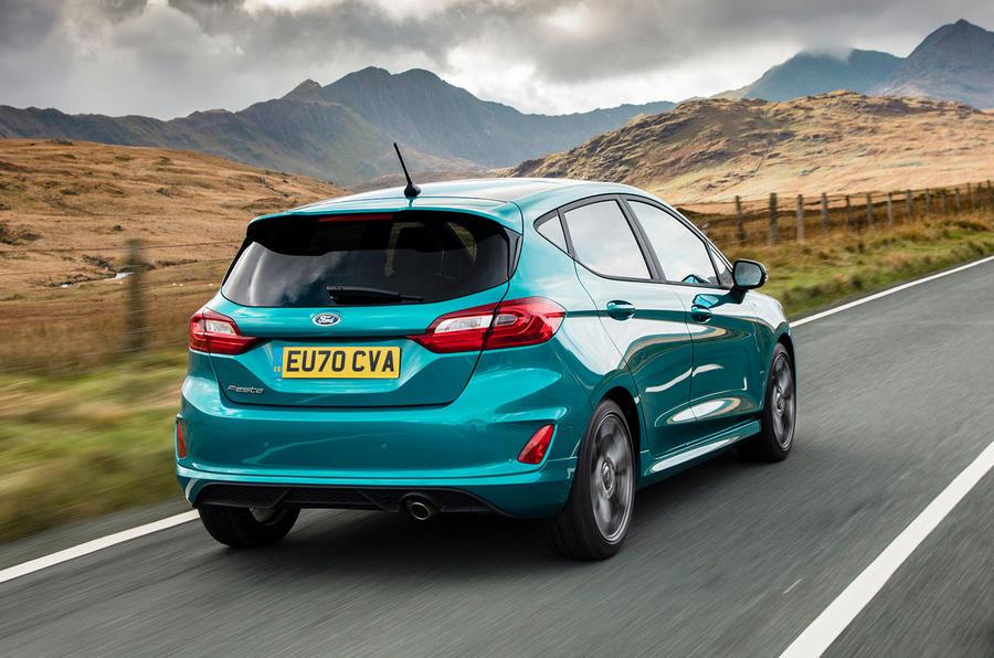 Ford Fiesta EcoBoost mHEV 2020 : premier bilan de conduite au Royaume-Uni - le héros à l'arrière