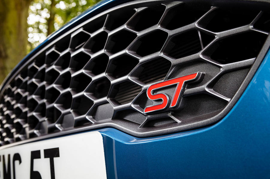 Ford Fiesta St  Uk First Drive Review Grille