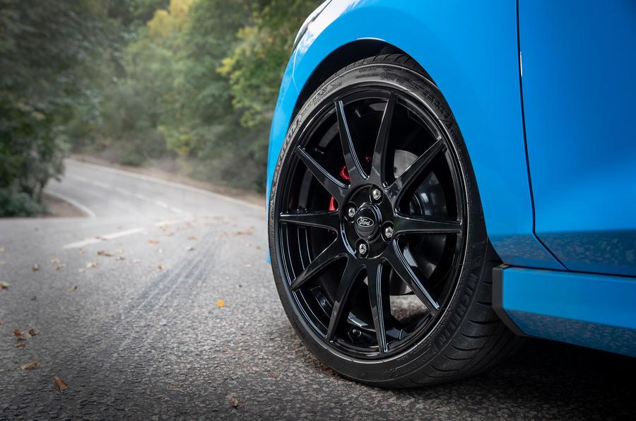 Ford Fiesta ST Edition 2020 : premier bilan de conduite au Royaume-Uni - roues en alliage