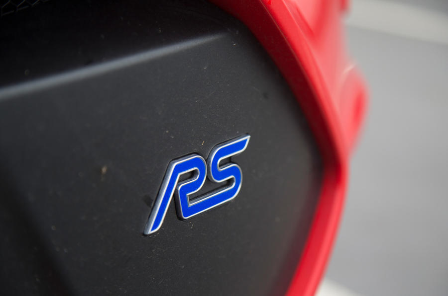 Ford Focus RS Race Red Edition front bumper RS badge