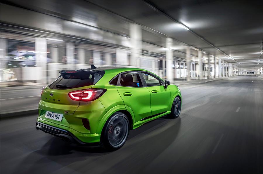 Ford Puma ST 2020 : premier bilan de conduite au Royaume-Uni - le héros à l'arrière