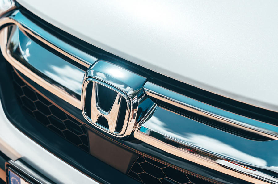 Honda CR-V hybrid 2019 first drive review - front grille