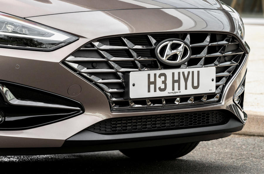 Hyundai i30 2020 UK first drive review - nose