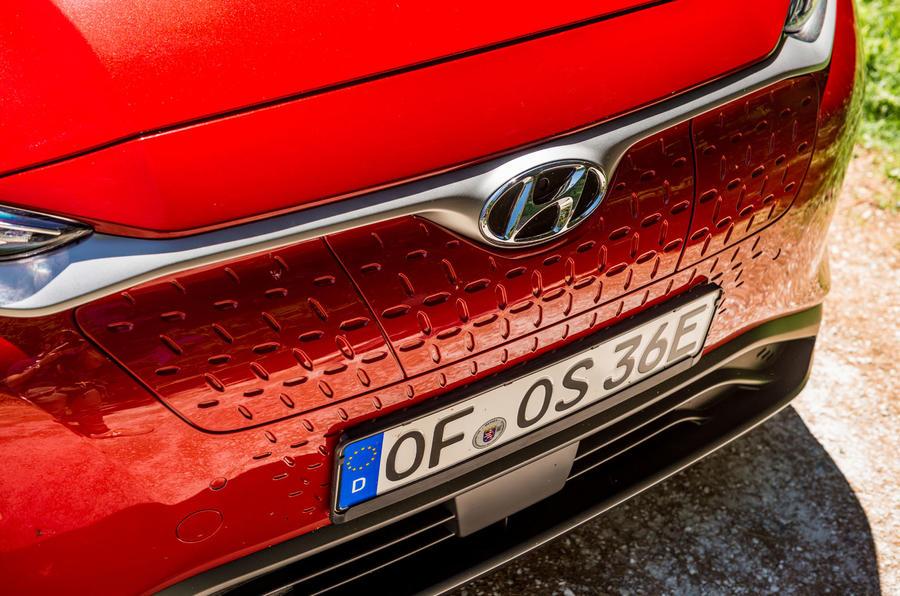 Hyundai Kona EV prototype drive 2018 front bumper
