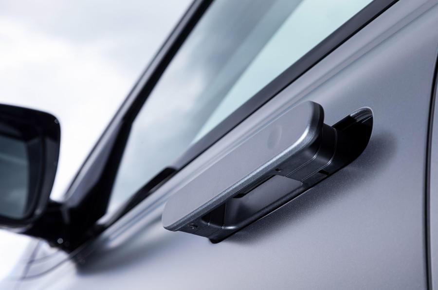 Hyundai Nexo 2019 first drive review door handles