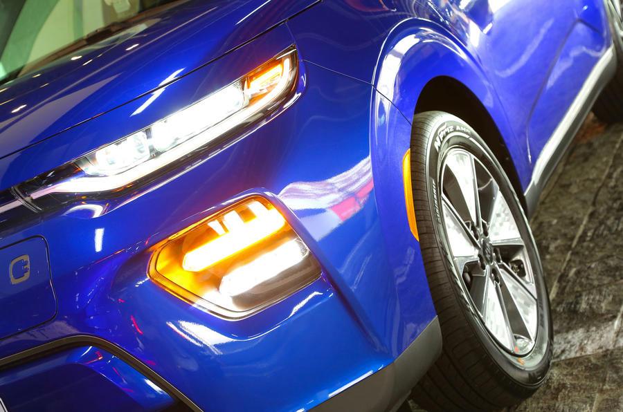 Kia Soul EV 2019 first drive review - headlights