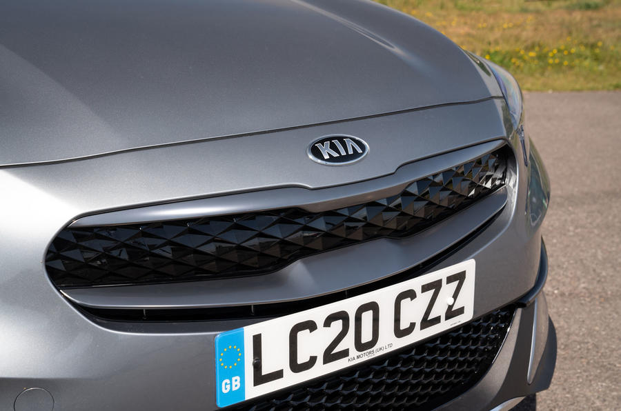 Kia Xceed plug-in hybrid 2020 UK first drive review - nose