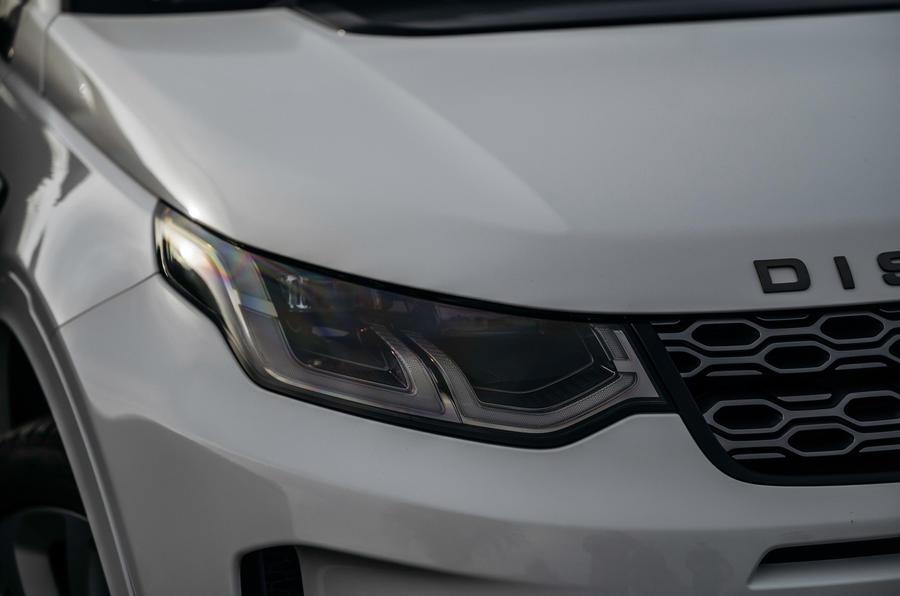 3 phares de Land Rover Discovery P300e 2021 UE FD