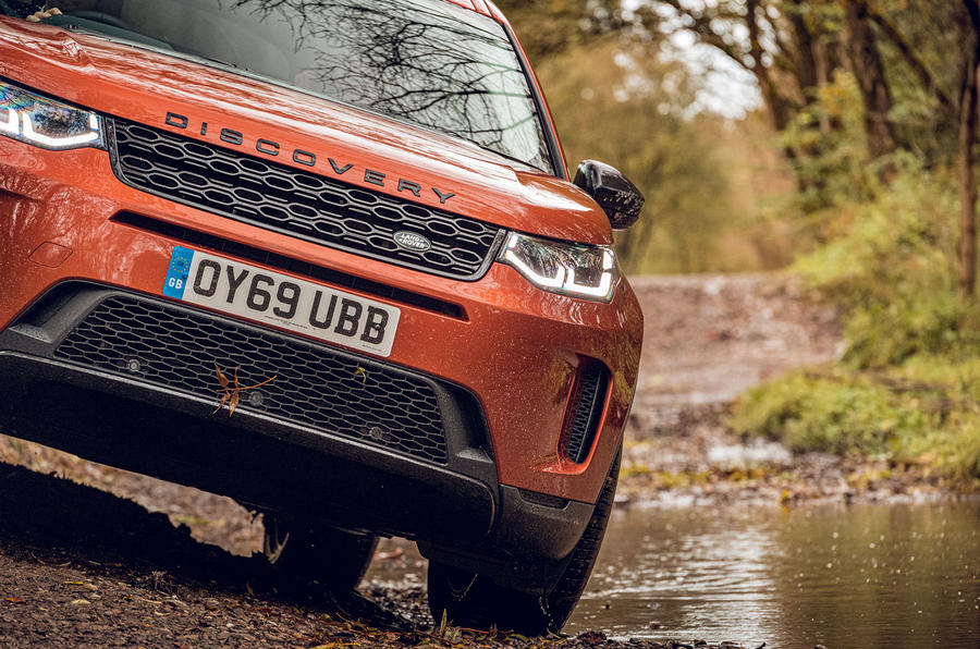 Land Rover Discovery Sport 2019 UK first drive review - front end