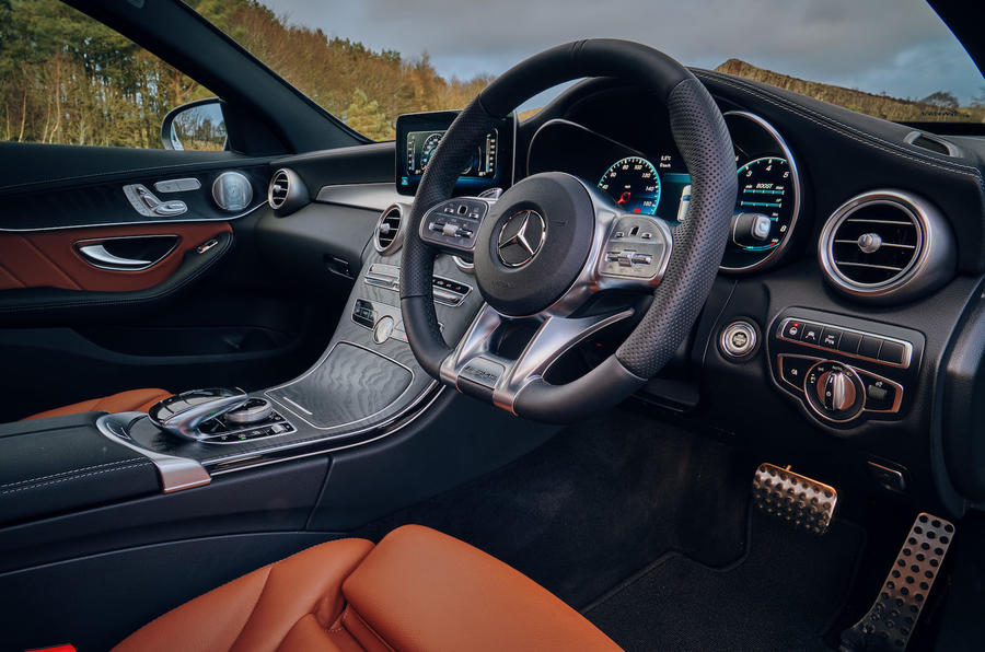 mercedes-amg-c43-estate-uk-fd-2019-interior