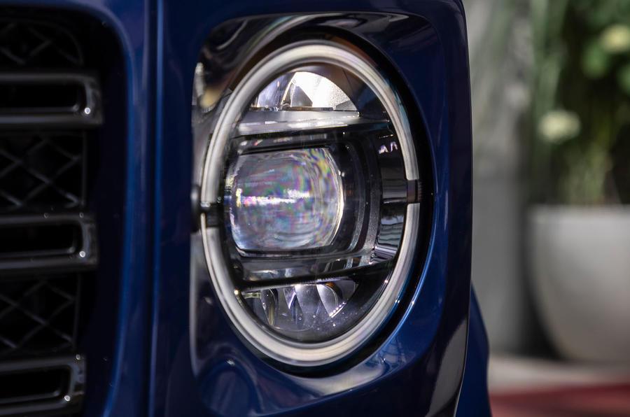 Mercedes-Benz G400d 2019 first drive review - headlights