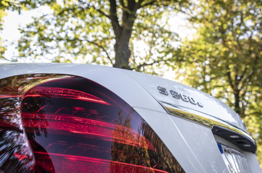 Mercedes-Benz S-Class S560e 2018 first drive review - rear lights