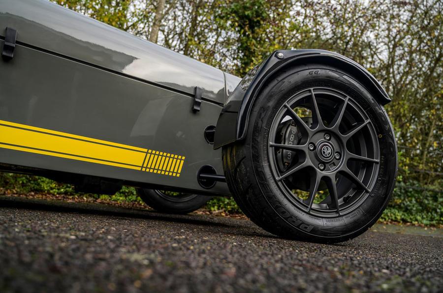 3 MK Indy Hayabusa 2021 UE : premier examen de la transmission des roues en alliage
