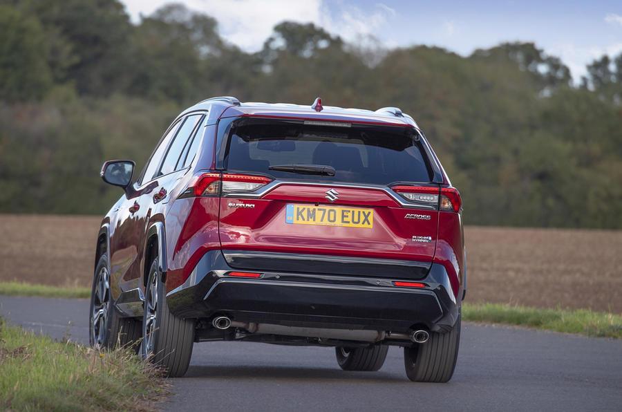Suzuki Across Hybrid 2020 : premier bilan de conduite au Royaume-Uni - le héros à l'arrière
