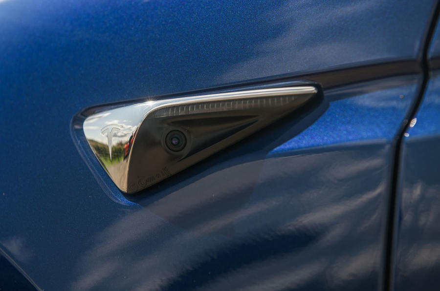 Tesla Model X Long Range 2019 UK first drive review - side cameras