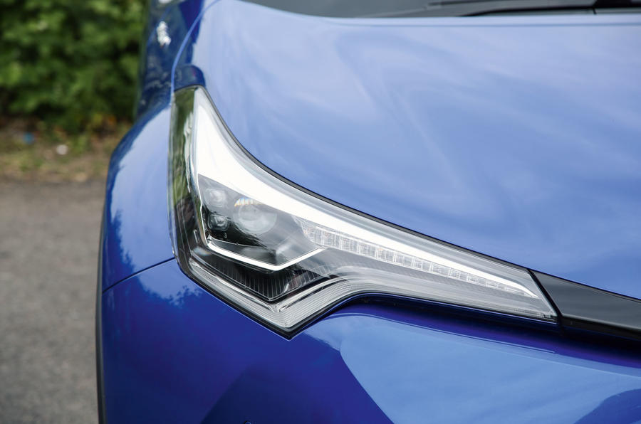 Toyota C-HR 2018 long-term review headlights