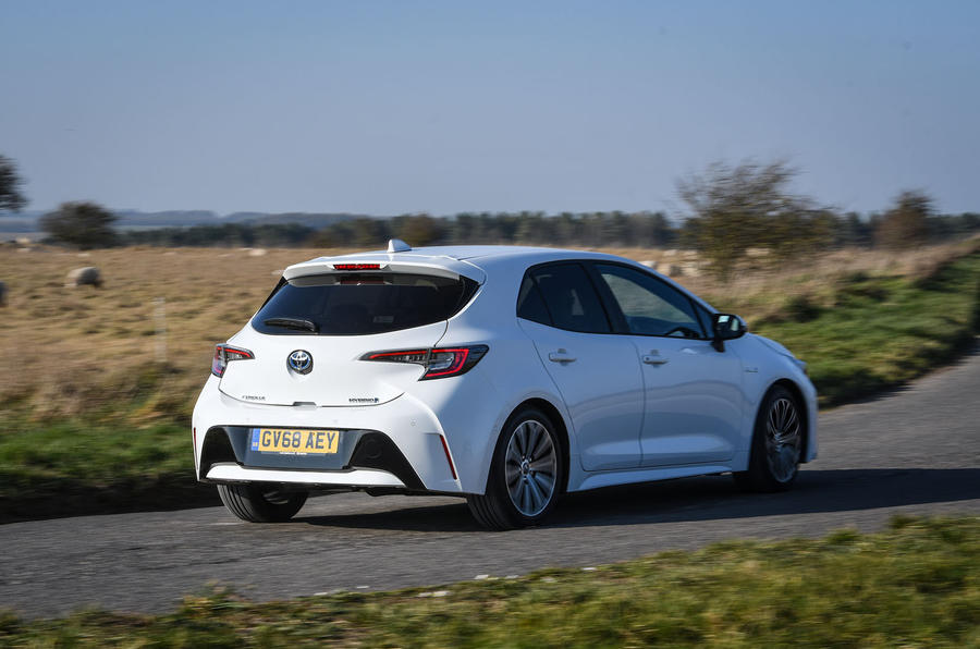 Toyota Corolla hatchback 1.8 hybrid 2019 UK review - hero rear