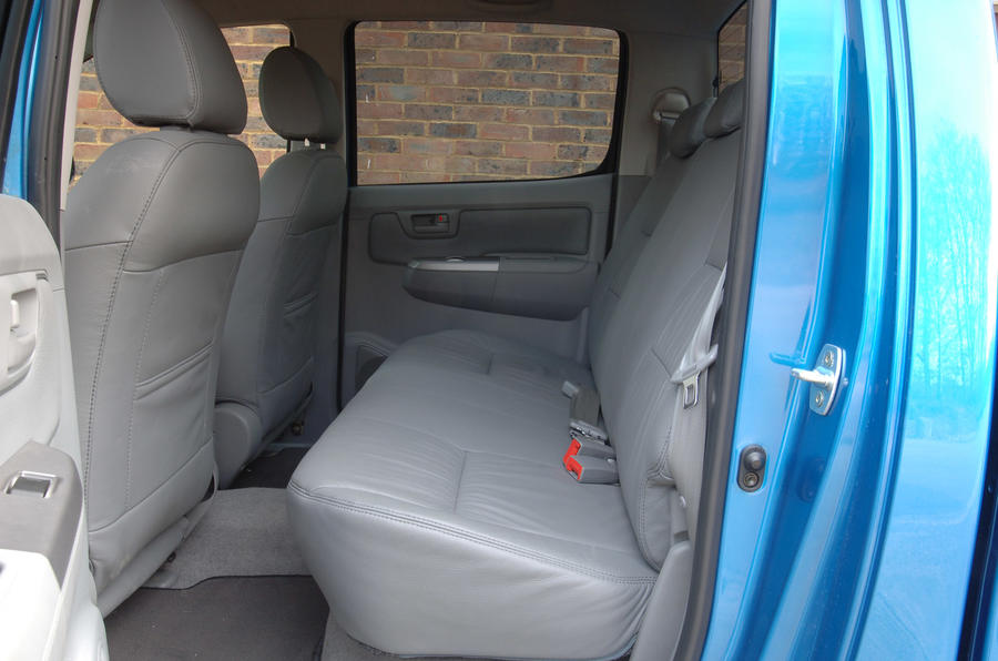 Toyota Hilux - interior