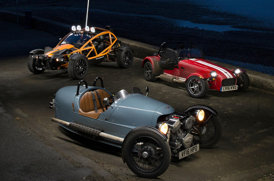 Morgan 3 Wheeler, Caterham Seven 310R, Ariel Nomad: winter drive