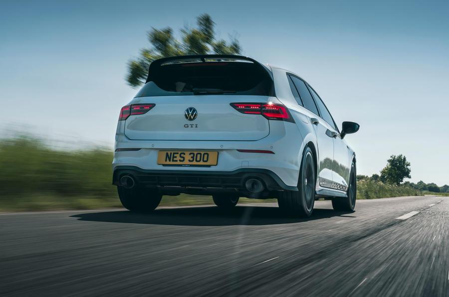 3 Volkswagen Golf GTI Clubsport 45 2021 UE FD héros arrière