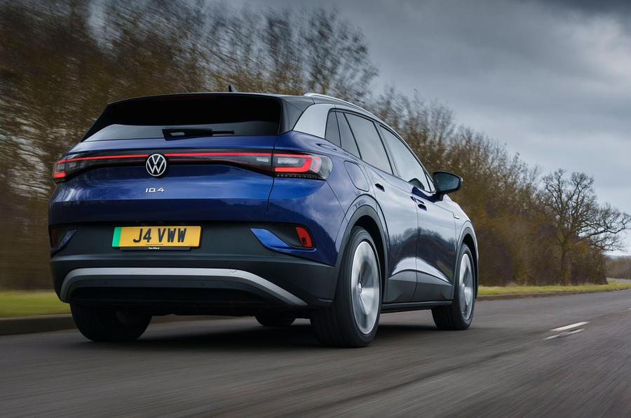 3 Volkswagen ID 4 2021 UE : premier essai essai arrière héros