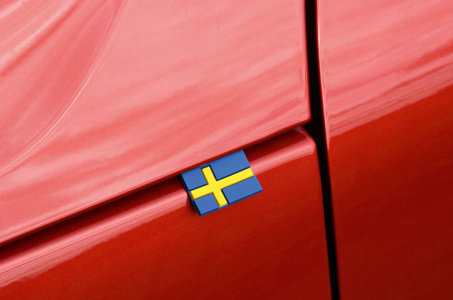 Volvo XC40 2018 long-term review - Sweden flag