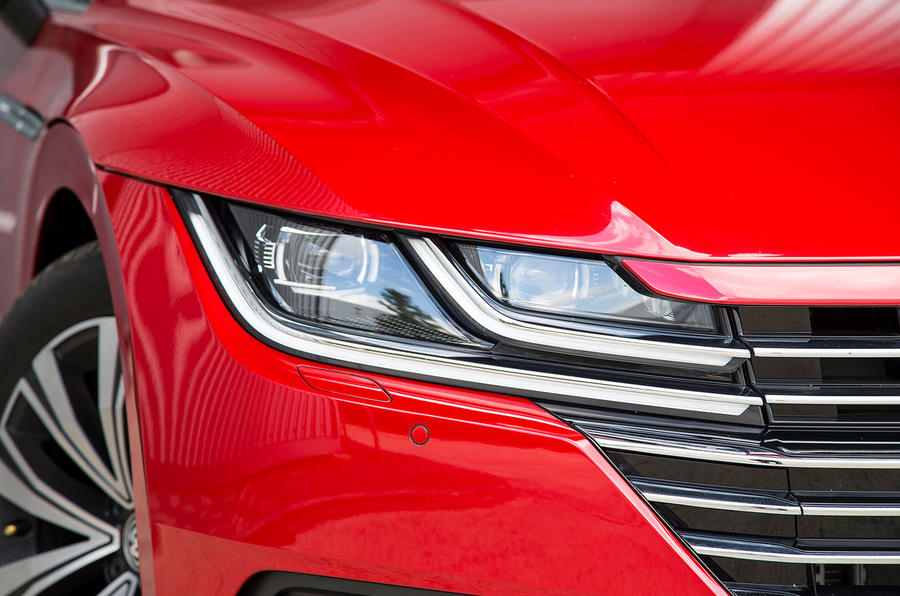 Volkswagen Arteon 2018 long-term review headlights