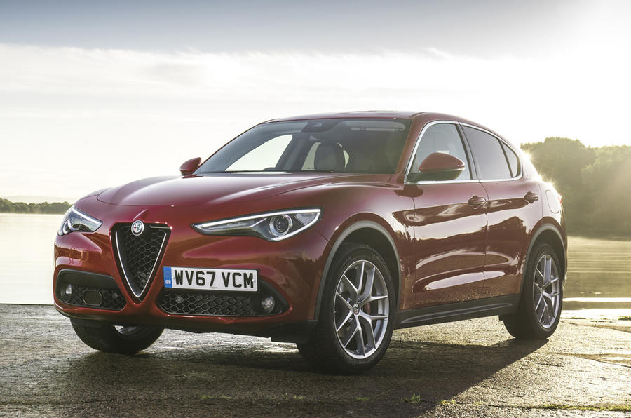 alfa romeo stelvio 2 2 210 diesel q4 awd super uk 2017 review autocar. Black Bedroom Furniture Sets. Home Design Ideas