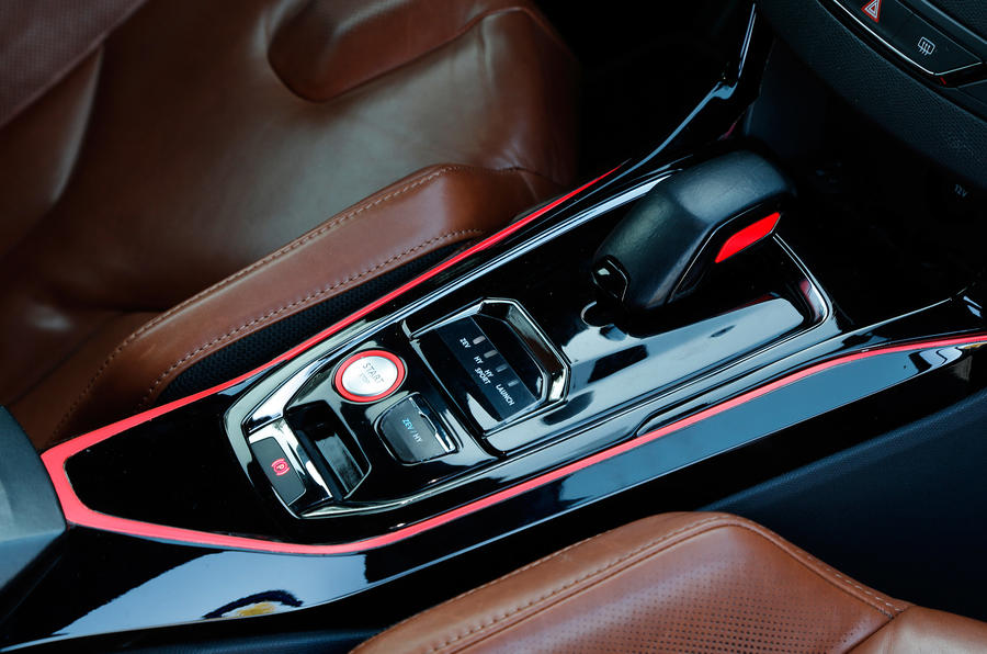 Peugeot 308 R Hybrid auto gearbox