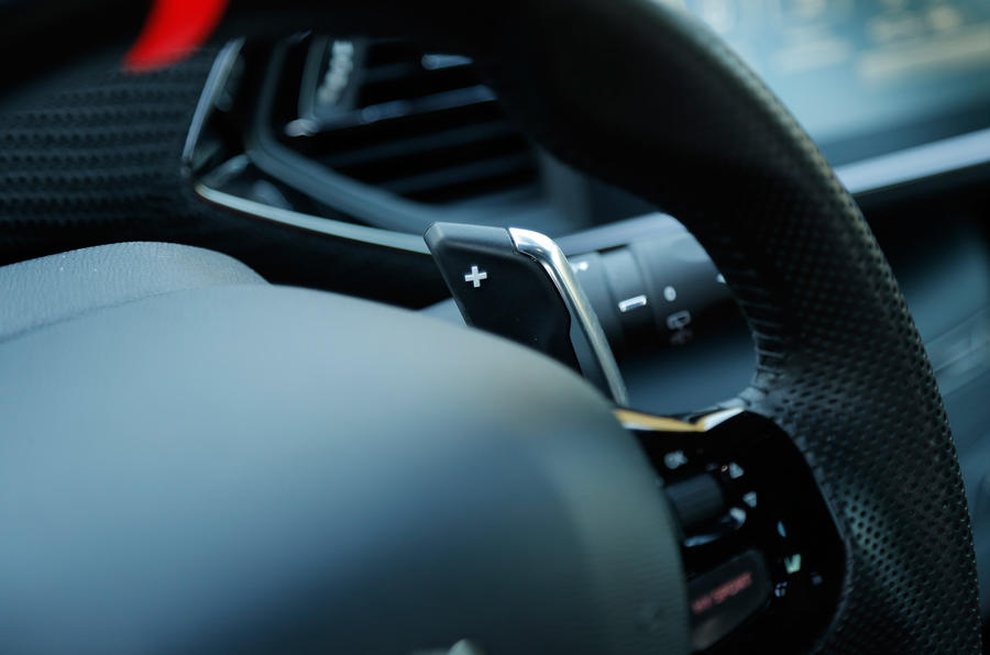 Peugeot 308 R Hybrid paddle shifters